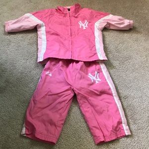 Other - New York Yankees 2pc Track Suit Outfit Pink 6-9m
